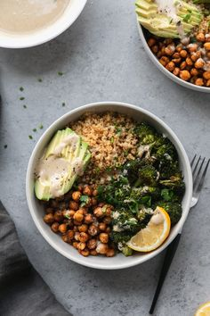 These Crispy Quinoa Chickpea Bowls with Roasted Broccoli and Meyer Lemon Tahini . - These Crispy Quinoa Chickpea Bowls with Roasted Broccoli and Meyer Lemon Tahini Sauce are a hearty, - Crispy Quinoa, Crispy Chickpeas, Quinoa Chickpea Salad, Quinoa Bowl, Vegetarian Recipes, Cooking Recipes, Healthy Recipes, Pescatarian Recipes, Diet Recipes