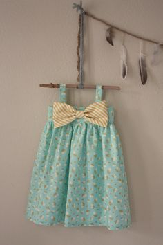 Big Bow dresses! So perfect for Spring which is right around the corner! www.dreamcatcherbaby.etsy.com