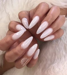 The advantage of the gel is that it allows you to enjoy your French manicure for a long time. There are four different ways to make a French manicure on gel nails. The choice depends on the experience of the nail stylist… Continue Reading → White Acrylic Nails, Almond Acrylic Nails, Almond Shape Nails, White Nails, Long Almond Nails, White Almond Nails, Natural Almond Nails, Nail Pink, Orange Nail