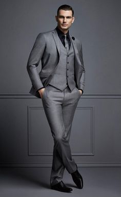 2018 Tailor Made Grey Formal Men Suit Slim Fit Blazer Masculino Business Marriage Blazer Custom Style Prom Tuxedo 3 Piece Terno Slim Fit Tuxedo, Tuxedo For Men, Slim Suit, Mens Fashion Suits, Mens Suits, Mens Suit Vest, Terno Slim, Dress Suits For Men, Suit For Men