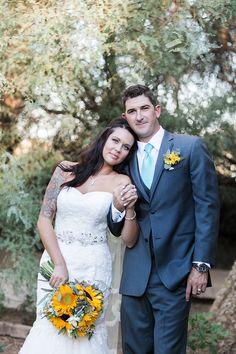 They look so perfect #PosingCouples #Bride&GroomPortrait #WeddingPhotography #CountryWedding #WhimsicalLightPhotography