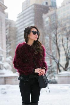 Snow Birdie :: Feather sweater