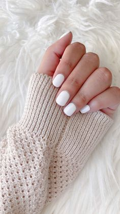 thesocialunicorn on Instagram: Winter 𝒏𝒂𝒊𝒍𝒔 ❅ 𝒃𝒚 @cremabeauty_sa 🤍 save for inspo 🤍