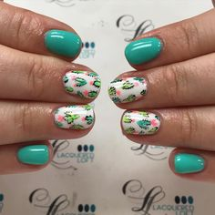 Nail art Christmas - the festive spirit on the nails. Over 70 creative ideas and tutorials - My Nails Fancy Nails, Trendy Nails, Spring Nails, Summer Nails, Pretty Nails For Summer, Tropical Nail Designs, Instagram Nails, Nail Decorations, Halloween Nails