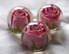 Have your wedding flowers made into a keepsake paperweight by tonya