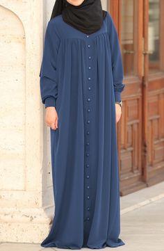 Modest Fashion Hijab, Pakistani Fashion Casual, Abaya Fashion, Muslim Fashion, Fashion Outfits, Stylish Dresses For Girls, Stylish Dress Designs, Abaya Designs Latest, Habits Musulmans