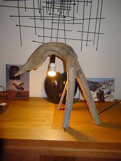 Original Driftwood tripod lamp