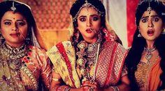 Sunaina, Sita and Urmila's reaction when Ram lifts the sacred bow
