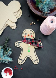 Keep kids occupied during the Christmas holidays with these great craft ideas