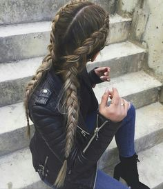 If you're looking for a sleek and simple way to pull your hair back, this is it! #hair #howto