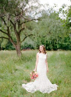 Lace Monique Lhuillier wedding dress: http://www.stylemepretty.com/pennsylvania-weddings/2017/01/11/organic-farm-wedding/ Photography: Rebecca Yale - http://rebeccayalephotography.com/
