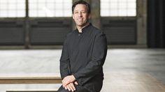 """Kulturförderung: Symphonie in der Kneipe - Gerade in schwierigen Zeiten wird Kultur ein immer wichtigerer Teil unserer Gesellschaft, sagt Steven Sloane, Generalmusikdirektor der Bochumer Symphoniker. Der US-Amerikaner hat die Bochumer Symphoniker berühmt gemacht. Öffentliche Kulturförderung hält er für unersetzlich.Im Interview erklärt er wie """"Kultur für alle"""" Wirklichkeit werden kann."""