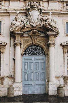 Puerta doble.