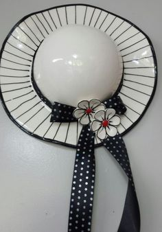 Glazed ceramic Hat Black and White Width x Height Category: Ceramic Hats. Ceramic Wall Art, Ceramic Birds, Ceramic Pottery, Pottery Art, Mosaic Cafe, Hobby Cars, Hobbies That Make Money, Hobby Photography, Ceramic Studio