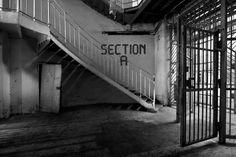 Prison des échelles (by Abandoned.be)