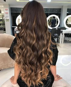 Ideas hair brown highlights blunt cuts Best Picture For Hairstyle for school curly For You Brown Ombre Hair, Brown Hair Balayage, Brown Blonde Hair, Light Brown Hair, Long Brown Hair, Brown Hair Colors, Hair Highlights, Dark Hair, Brown Highlights
