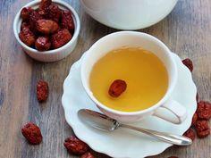 Remedios caseros para aliviar Infecciones urinarias Detox, Mango, Ethnic Recipes, Desserts, Food, Health Products, Tailgate Desserts, Meal, Deserts