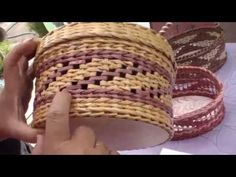 """Newspaper weaving. The """"waves"""" pattern. Part 2. - YouTube"""