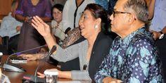 Menteri Susi Pudjiastuti   Berita Nasional, Jakarta  - Ketua Komisi lV DPR RI, Edhy Prabowo mengkr...