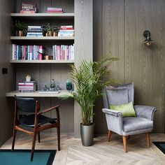 Clever designs for alcoves – 21 alcove ideas that make the most of awkward recesses. Clever designs for alcoves – 21 alcove ideas that make the most of awkward recesses Alcove Desk, Bedroom Alcove, Alcove Storage, Alcove Cupboards, Alcove Shelving, Desk Nook, Kids Bedroom, Bedroom Ideas, Alcove Ideas Living Room