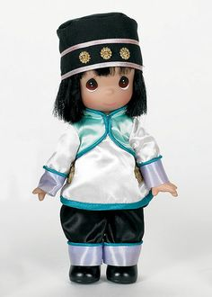Precious Moments Co. Zhen of China Doll, 2009 Precious Moments Dolls, Chinese Dolls, Bob With Bangs, African American Dolls, Asian Doll, Beautiful Hands, Make You Smile, Black Hair, Fairy Tales