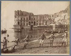 Italia, Costumi Napoli     #Europe #Italia #Costumi_Types