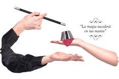 """""""La magia sucederá en tus manos"""" Magia de cerca totalmente interactiva y participativa. Esta es la rama del ilusionismo más emotiva debido a que el público acaba """"haciendo magia"""" www.tumago.com"""