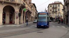 "Downtown Padova by Tram, ""trolleybus blu"". 2013 -HD-"