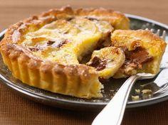 Découvrez la recette Tarte poire, chocolat, amande sur cuisineactuelle.fr.