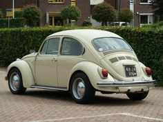 1971 Volkswagen Kever - 1302  by willemsknol, via Flickr