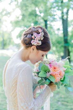 _DSC1965 Portrait, Photos, Bouquet, Pastel, Crown, Bridal, Weddings, Photography, Cake