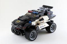 https://flic.kr/p/rwtriC | police car2-1