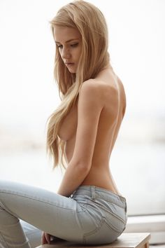 These are posts of what I find sexy or beautiful. I hope you think so too. Warning: Adult Content