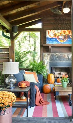 Autumn accent colors transform a neutral palette into a seasonal outdoor living space.