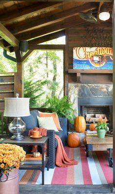 Autumn accent colors transform a neutral palette into a seasonal outdoor living space.