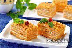 Как приготовить торт «Сахара»  Предлагаю приготовить торт «Сахара». Своё имя торт получил из-за того, что в его состав входят томатные коржи, которые после выпечки приобретают песочно-красный цвет.   Сочетание томатных коржей и творожного крема очень приятное. Томатной пасты в коржах не чувствуется вообще, так что на этот счёт хозяйки могут не переживать. Торт получается достаточно большим и тяжёлым. Он подойдёт для большой компании.   Для небольшой компании вы можете сделать торт из…