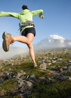 Techniques to improve your trail running skills.