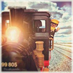 Mi pequeña joya, la #locomotora de #playmobil #iloveplaymo #playmobilcollectorsclub #toyslagram #toyunion #playmobilmadrid #playmobilspain #aesclicks #famobil #playmobilmania #playmobilfan #clicks #geobra #toyartistry #toyart #toycomunity #toyleague #toyphotography #toyplanet