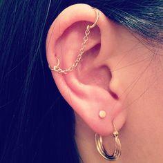 Piercing Tattoo, Piercing Orbital, Bar Ear Piercing, Double Piercing, Piercing Studio, Industrial Earrings, Industrial Piercing Jewelry, Types Of Piercings, Body Piercings