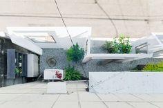 Ghost like architecture by Shingo Masuda et Katsuhisa Otsubo @Tokyo 2010