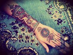 Tatto hand