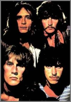 Ten Years After: Top left Chick Churchill (organ), top right Leo Lyons (bass), left bottom left Alvin Lee (guitar/vocals) and right botton Ric Lee (drums). Blues Rock, Alvin Lee, Music Film, Music Icon, Classic Rock And Roll, Rock N Roll, Blue Soul, 70s Rock Bands, Classic Blues