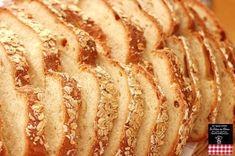 「簡単!本格!こねない♫【田舎風巨大フランスパン】」こねないパン、シロワッサンでおもてなし向きの巨大パンをつくりました。前日の朝焼けるように準備して、前日は冷蔵庫からだしておくといいです。毎回すごく人気のパン。【楽天レシピ】