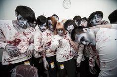 【バンタンデザイン研究所】東京ドームにゾンビ来襲!?映画『Zアイランド』のPRイベントで、学生が特殊メイクを担当!