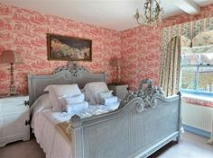Sumptuous Splendour at Malthouse Farm, Heacham http://www.cottageholidays.co.uk/cottage/1417-malthouse-farm?nights=7