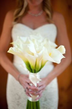 Calla Lilily Bridal Bouquet. Photography By / http://ligaphotography.com