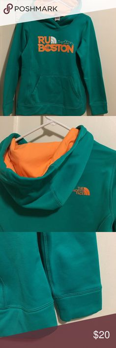 The North Face Fave Pullover Hoodie **SPECIAL EDITION Boston Marathon**                       Cover up before and after sweaty gym sessions with this breathable stretch-fleece pullover that features a new, low-profile design. Green and orange size small The North Face Tops Sweatshirts & Hoodies