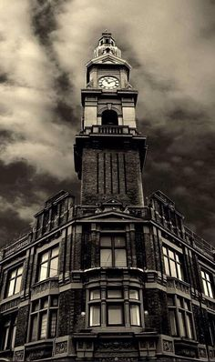 A very dominant snap shot of Beechams clock - it's kept watch over St Helens for a very long time. St Helens Town, Saint Helens, My Town, Old Pictures, Liverpool, Big Ben, Buildings, Childhood, Tower