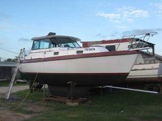Watkins 27 PH Motorsailer, 1981 sailboat