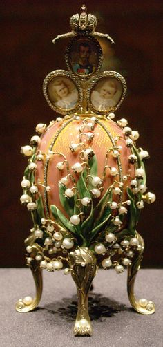 Fabergé Lilies of the Valley Egg, 1898, (opened egg)